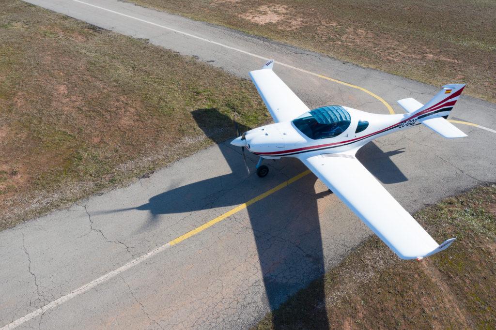 Paco Jover fotografía aérea con drones avión ultraligero rodando